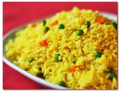 Garlic fried rice is something I so love making. But yesterday morning, I thought of putting a little brightness and a hint of exotic flavor to it. Adding a little amount, about two big nips, of turmeric powder gave a new dimension to my favorite dis http://biocurmin.blogspot.com/
