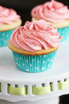 Sugar Cookie Cupcakes.  Your favorite sugar cookie flavor… in a cupcake!!