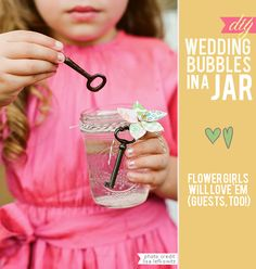 #DIY Wedding #Bubbles in a #Mason Jar