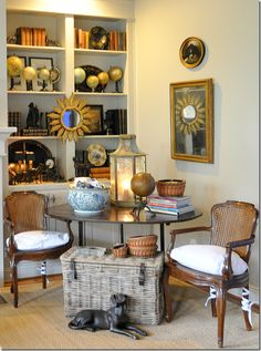 Beautiful corner montage...love the globe collection...