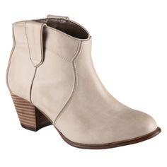ALDO ankle boots #Mandina #ALDOpinthetrends