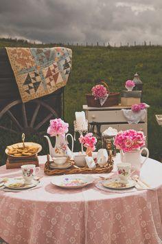 petticoat blog, anthropologie, pink weddings, wedding rustic, vintage romance, celebr idea, tea, outdoor weddings, parti