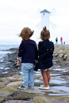 Such a cute photo of a brother and sister in a picturesque setting