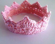 Crochet Photo Prop Newborn Princess Crown. $10.00, via Etsy.