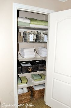 I want to organize my linen closet like this -- so neat and pretty!
