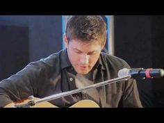 Jensen Ackles singing...*squeal!*