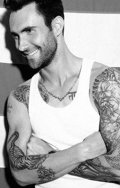 Adam Levine (Maroon 5) - :)