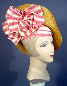 1914 Hat and striped bow