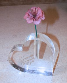 Avon Clear Acrylic Heart bud vase 1979 Presidents Celebration