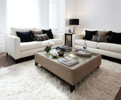 Living room in Emperors Gate, London//