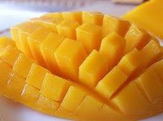 It's only in the Philippines where you can see and eat the WORLD'S SWEETEST MANGOES. :)