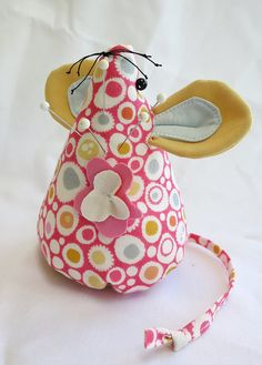 Missy Mousie Pincushion by mamacjt, via Flickr