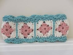 FREE PATTERN: Shell-Edged Granny Square Headband