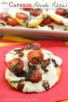Mini Caprese Polenta Pizzas - tailgate in style with these fun appetizers!