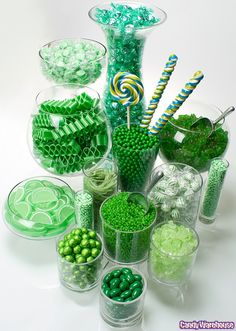 candy display, candy buffet, saint patricks day, st patricks day, emerald city, candi buffet, green candi, color themes, parti