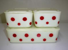 McKee custard red dot refrigerator set.