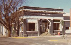 I started my professional journalism career in 1971 at the Evening Sentinel in Shenandoah, Iowa. The Sentinel went out of business in 1993 and the building has been torn down.