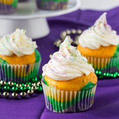 Mardi Gras Cupcakes with Cinnamon Cream Cheese Frosting