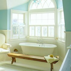 soaking tub with beadboard surround