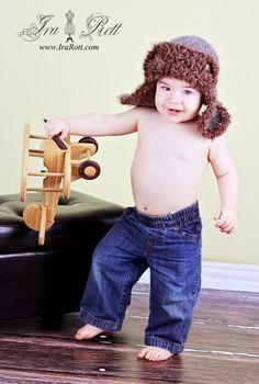 crochet hat, maken yarn, aviat hat