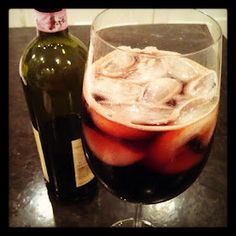 Kalimotxo - Spanish drink mixing red wine and Coke, with ice.