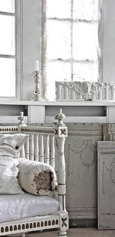 white interior - vignette