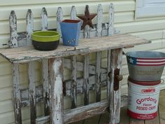 Old Junk Decor   Old picket fence and shed door table.   Junk Garden Decor