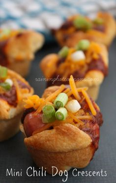 Mini Chili Dog Cresc