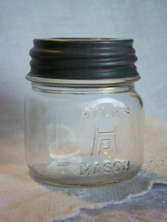 rare half pint vintage hazel atlas jar with zinc  lid (I collect Hazel Atlas Jars) Love this