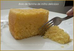 Bolo de farinha de milho delicioso