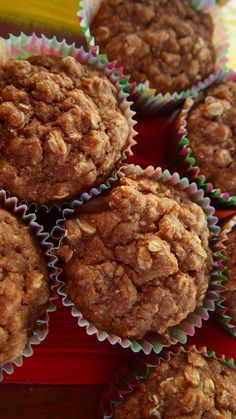 60 Calorie Apple Pie Muffins - 1 Cup No Sugar Added Apple Pie Filling 1/2 Cup Unsweetened Applesauce 3 Medium Egg Whites Bake at 350 15-20 min 1 Cup Whole Wheat Flour 1 Cup Stevia 1 Tsp Baking Soda 3/4 Cup Rolled Oats 1 Tbsp Ground Cinnamon 1 Tsp Ground Nutmeg 1 Tsp Vanilla
