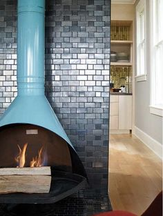 don't normally like this style of fireplace but here it's great.