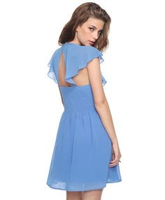 I love this! pretty dress.
