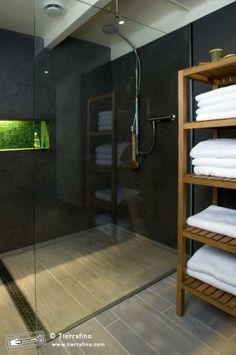 shampoo ledge