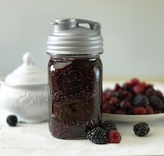Cool!  BPA-free and leak-proof pouring lid for mason jars.  #FCThankful