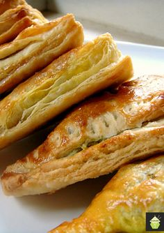 Nanny Chan's Mild Curry Puffs Easy recipe and great for snacks, parties, and get togethers. #snack #partyfood #easyrecipe