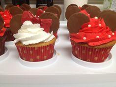 Disney - Minnie and Mickey cupcakes