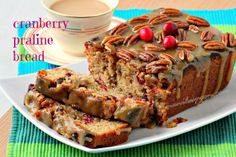 Manila Spoon: Cranberry Praline Bread 1 cup sour cream                       1 cup brown sugar, firmly packed 1/4 cup white sugar 2 Eggs 3 Tablespoons Vegetable Oil (optional)* 1 1/2 teaspoons Vanilla extract 2 cups flour 2 teaspoons Baking Powder Click to delete1/2 teaspoon Baking Soda 1 teaspoon ground Cinnamon 1/2 tsp Salt   1 cup fresh or frozen Cranberries, coarsely chopped 1 cup nuts (walnut or pecan or a combo), divided