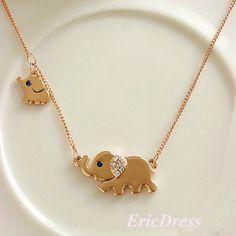 I loved this little elephant the second I first saw it, but then I saw the baby elephant and fell in love even more. Pin-board by Asher Socrates #jewelry #elephant #ashersocrates #gold #like