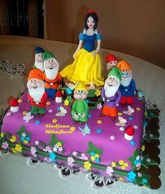 white cake, children birthday, cakes, awesom birthday, dwarf cake, disney cake, amaz cake, birthday cake, snow white