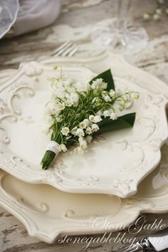 LILY OF THE VALLEY TABLESCAPE