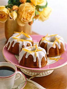 mini bundt cakes.