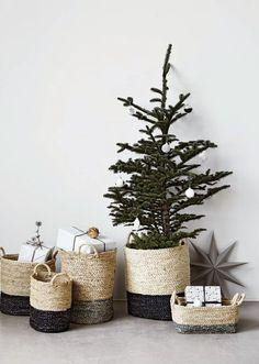 two-tone weave baskets - so pretty