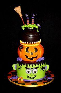 Source unknown Birthday Desserts, Halloween Birthday Cakes, Halloween Cakes Ideas, Birthday Recipes, Halloween Birthdays, Cakes Halloween, Costume Parties, Halloween Ideas, Birthday Foods