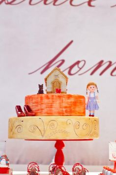 Cake at a Wizard of Oz party with tons of cute ideas! Tutorials, tips, supplies, etc! On Kara's Party Ideas | KarasPartyIdeas.com #WizardOfOzParty #Oz #PartyIdeas #cake
