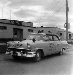 Scarborough Police 1956 Ford Accident Squad ★。☆。JpM ENTERTAINMENT ☆。★。