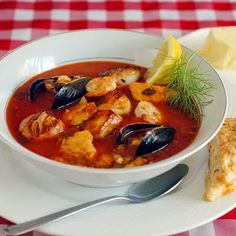 Manhattan Style Roasted Vegetable and Seafood Chowder - one gorgeous meal for seafood lovers! LOVE !!!!!!
