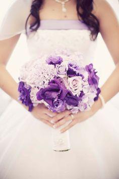 purpl bouquet, shades of purple, lavender weddings, wedding bouquets, purple flowers, wedding flowers, bouquet wedding, purple bouquets, bridesmaid bouquets
