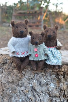 Family Bear - Needle Felted Ornament - Felting Dreams by Johana Molina - READY TO SHIP