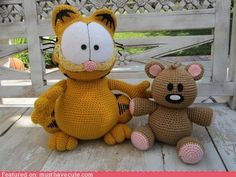 cute kawaii stuff - Amigurumi Garfield and Pookie.